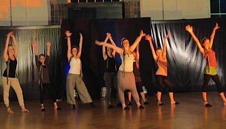 tanz mit uns